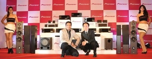 Gaurav Kulshreshtha Manager - Marketing& Product Manager and Shingo Ikeuchi, General Manager_ Pioneer-522